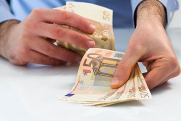 Sospensione dei pignoramenti su stipendi e pensioni da parte dello Stato e dagli Enti Locali