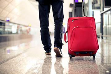 Viaggi. In partenza o partiti. In preparazione o tornati. Le avvertenze di Aduc